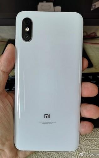 The alleged Xiaomi Mi 8X