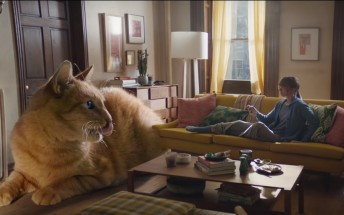 New iPhone XS Max ad doubles down on its size