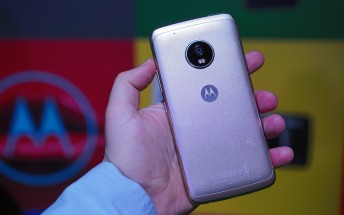 Moto G5 and G5 Plus finally start receiving Android Oreo update