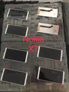 Alleged display panels: Nokia X7