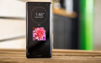 Sony Xperia XZ3 up for pre-order in the US with a sweet wireless headset bundle
