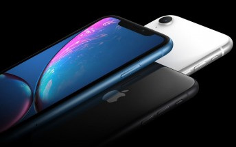 Apple stores now stocking iPhone XR but pre-ordering is still smarter