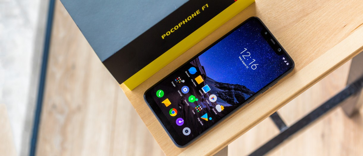 pocophone f1 android 10