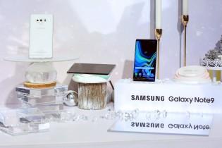 Samsung Galaxy Note9 in First Snow White