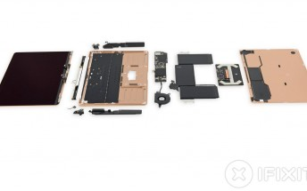 The new MacBook Air looks beautiful even from the inside