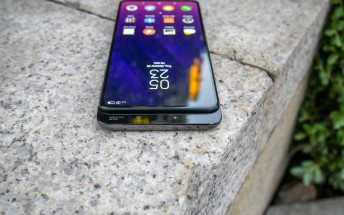 Xiaomi Mi Mix 3 can withstand 600,000 slides, independent testing confirms