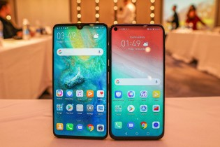 Huawei Mate 20 next to Honor View 20