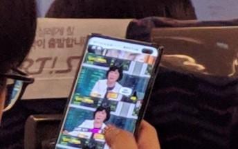 Samsung Galaxy S10+ live photo reveals the dual selfie cam