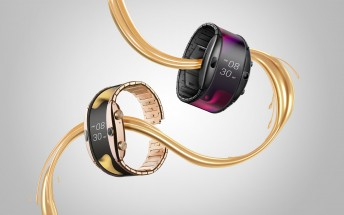 nubia Alpha is a foldable smartwatch that you wear like a bracelet, it's also a phone