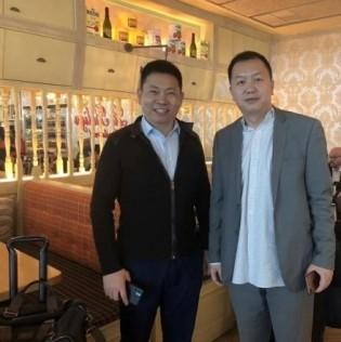 Richard Yu with the Huawei P30 Pro