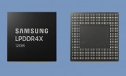 Samsung starts producing 12GB LPDDR4X DRAM modules for phones