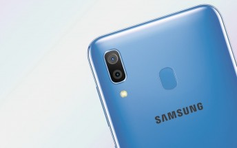 Samsung Galaxy A40 shines in leaked press renders
