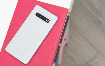 Multiple Samsung Galaxy S10+ owners report LTE issues with their new phone