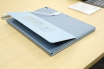 Hands-on photos from Notebook Italia