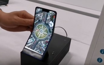 Sharp demoes vertically foldable 6.2-inch phone