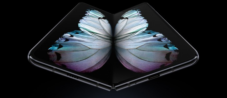 Customers who pre-ordered the Galaxy Fold are getting reward points