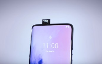 OnePlus 7 Pro's pop-up selfie camera can hold a 22kg slab of cement without breaking