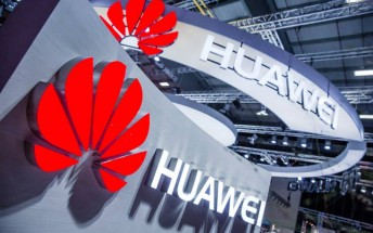 Huawei exec confirms goal of topping smartphone world put on hold