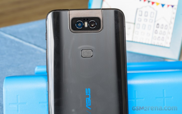 Asus 6z 6GB/128GB and 8GB/256GB versions will be available in India starting July 1
