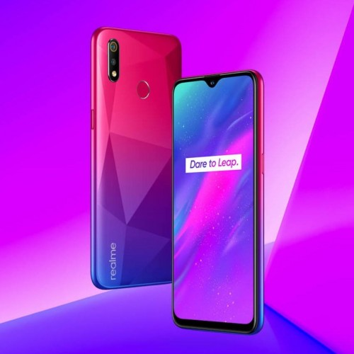 Realme 3 surfaces in Diamond Red color