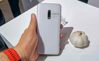 Hands-on photos of the Garlic White Realme X that is yet to arrive