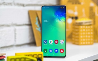 Samsung remains the undisputed leader of the display market
