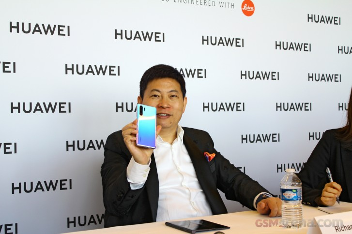 Huawei Mate X spotted in hands of Huawei CEO