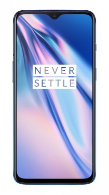 OnePlus 7 in Mirror Blue