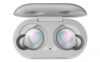 Samsung Galaxy Buds are getting a new silver color to go with the Note10 family