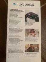 Fitbit Versa 2 retail box