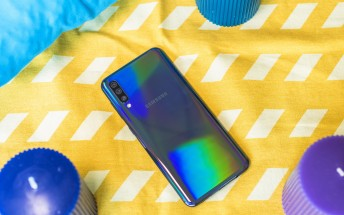 Watch the Samsung Galaxy A50 get tortured on video