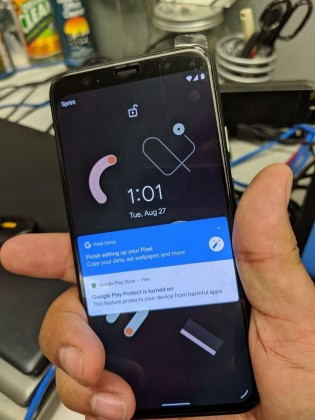 Leaked images of the Google Pixel 4
