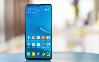 EE starts selling the Huawei Mate 20 X (5G) after all