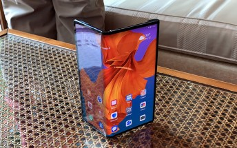 Huawei's Mate X foldable will launch with Kirin 990 SoC and the P30's cameras