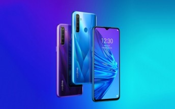 Realme 5 goes on pre-order in India
