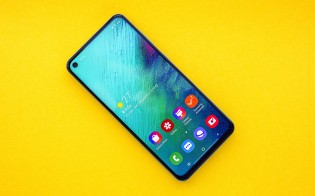 Samsung Galaxy A60 from both sides