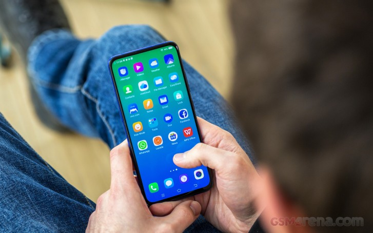 vivo V15 Pro is INR 23,990 from now on