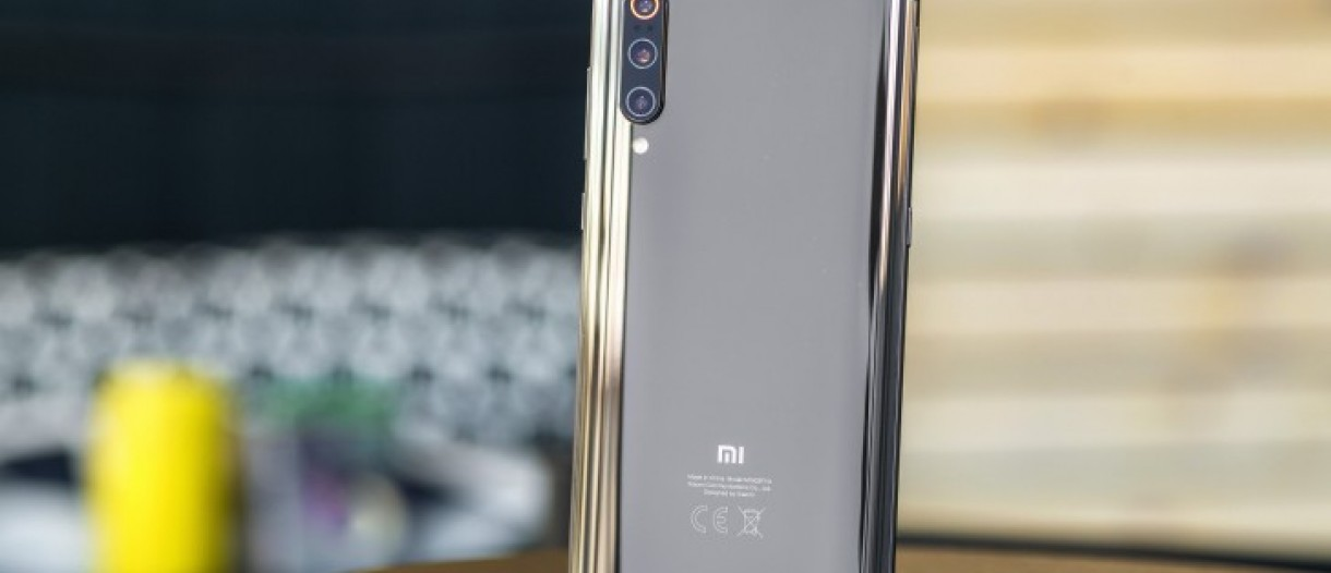 Xiaomi Mi 9 5G coming with QHD screen, OIS and larger battery