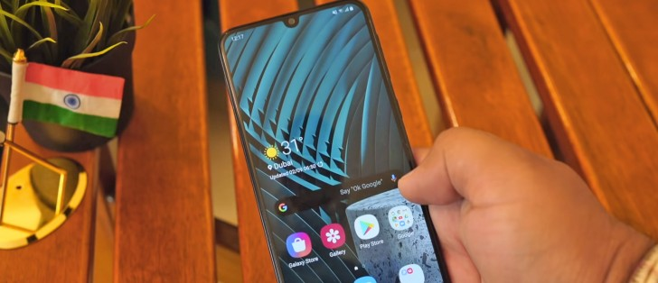 Galaxy M30s hands-on video published early, shows an extra camera sensor