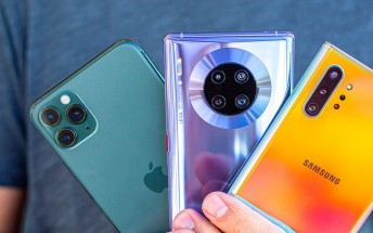 Mate 30 Pro vs. iPhone 11 Pro vs. Galaxy Note10+ camera compare