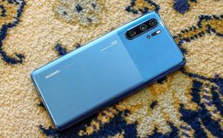 Huawei P30 Pro in Mystic Blue