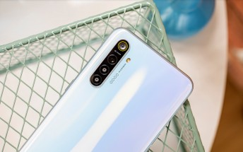 Realme XT gets November patch and Nightscape for front camera with new update