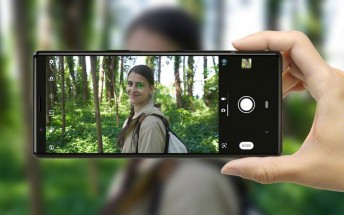 Check out our Sony Xperia 5 key features video
