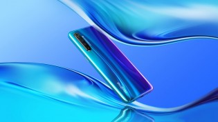 Realme X2 in Pearl Blue color