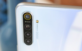 Realme XT is here with a 64MP camera, 20W charging and SD712