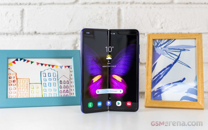 Samsung Galaxy Fold 5G to be offered by EE in the UK