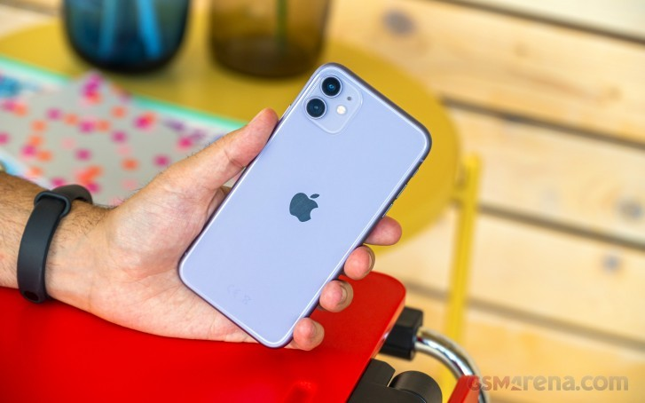 Report: iPhone 11 production raised by 10%
