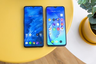 Left: Realme X2 Pro , on the right: Realme X2