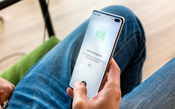 Samsung issues statement following reports of fingerprint vulnerability on S10/ Note10