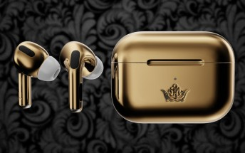 Caviar Airpods Pro Gold Edition are like expensive earrings that play music